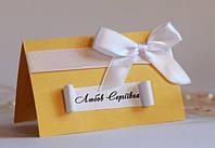Рассадочные карточки ручной работы для золотой свадьбы