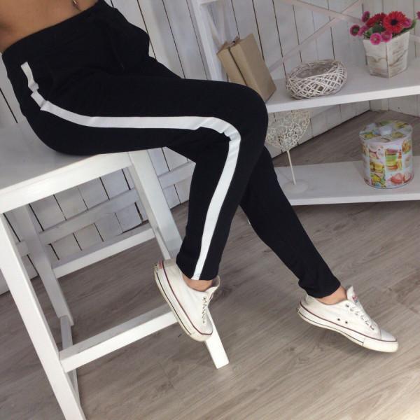 Женские спортивные штаны с лампасами, черные