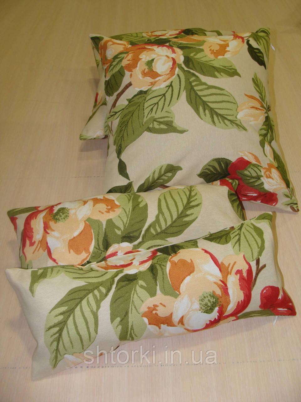 Комплект подушек молочные  с цветами 4шт
