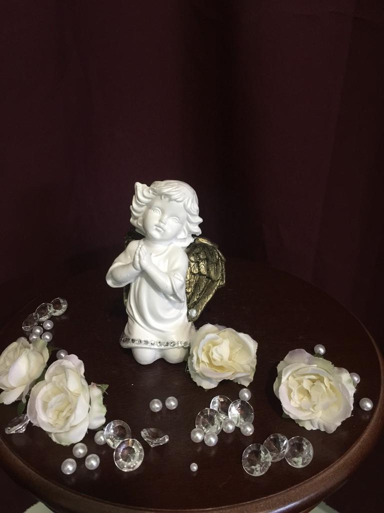 Ангел гипсовый Молящийся малый золото