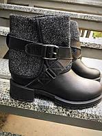 Зимние женские ботинки с твидом на ремешке