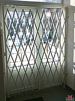 Изготовление универсальных раздвижных решеток на двери