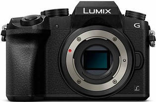 Фотоапарат Panasonic Lumix DMC-G7 Body
