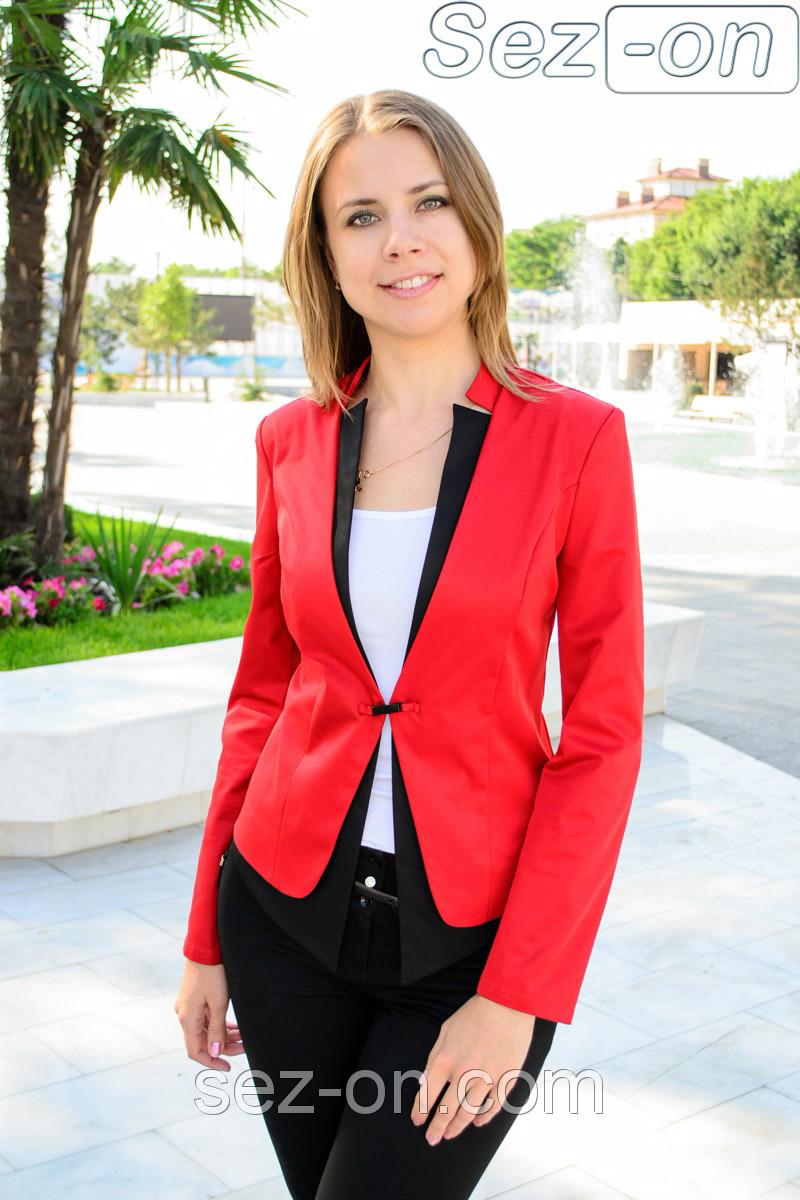 Пиджак женский двухцветный на одной застежке Электрик-белый, 44