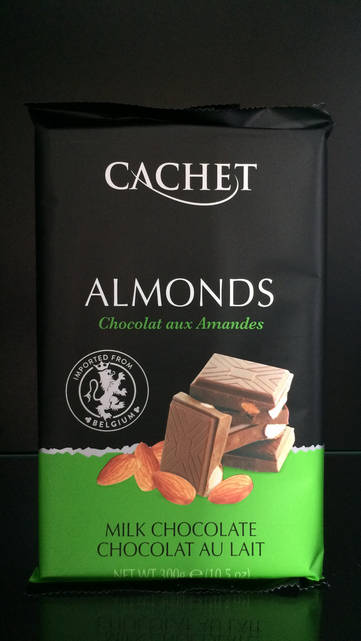 Шоколад молочный с Миндалем 32% Cachet (Кашет) 300г.