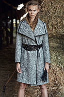 Элегантное пальто на запах большого размера