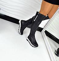 Женские зимние черные сапоги-ботфорты из натуральной кожи на платформе