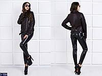 Черная короткая женская куртка в отворотом на змейке.  Арт - 18102
