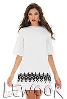 Нарядное платье с контрастным кружевом