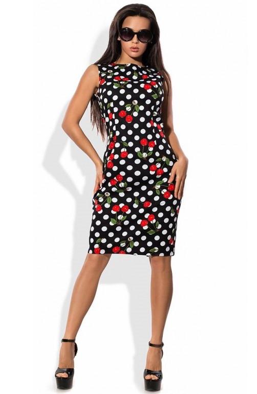 Деловое платье в горошек с принтом вишня
