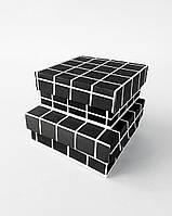 Набор маленьких квадратных интерьерных коробок ручной работы чёрного цвета в клетку