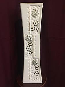 Ваза напольная керамическая для цветов и цветочных композиций белая с золотом