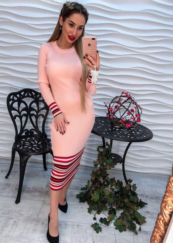 Потрясающее платье красивого пудрового цвета