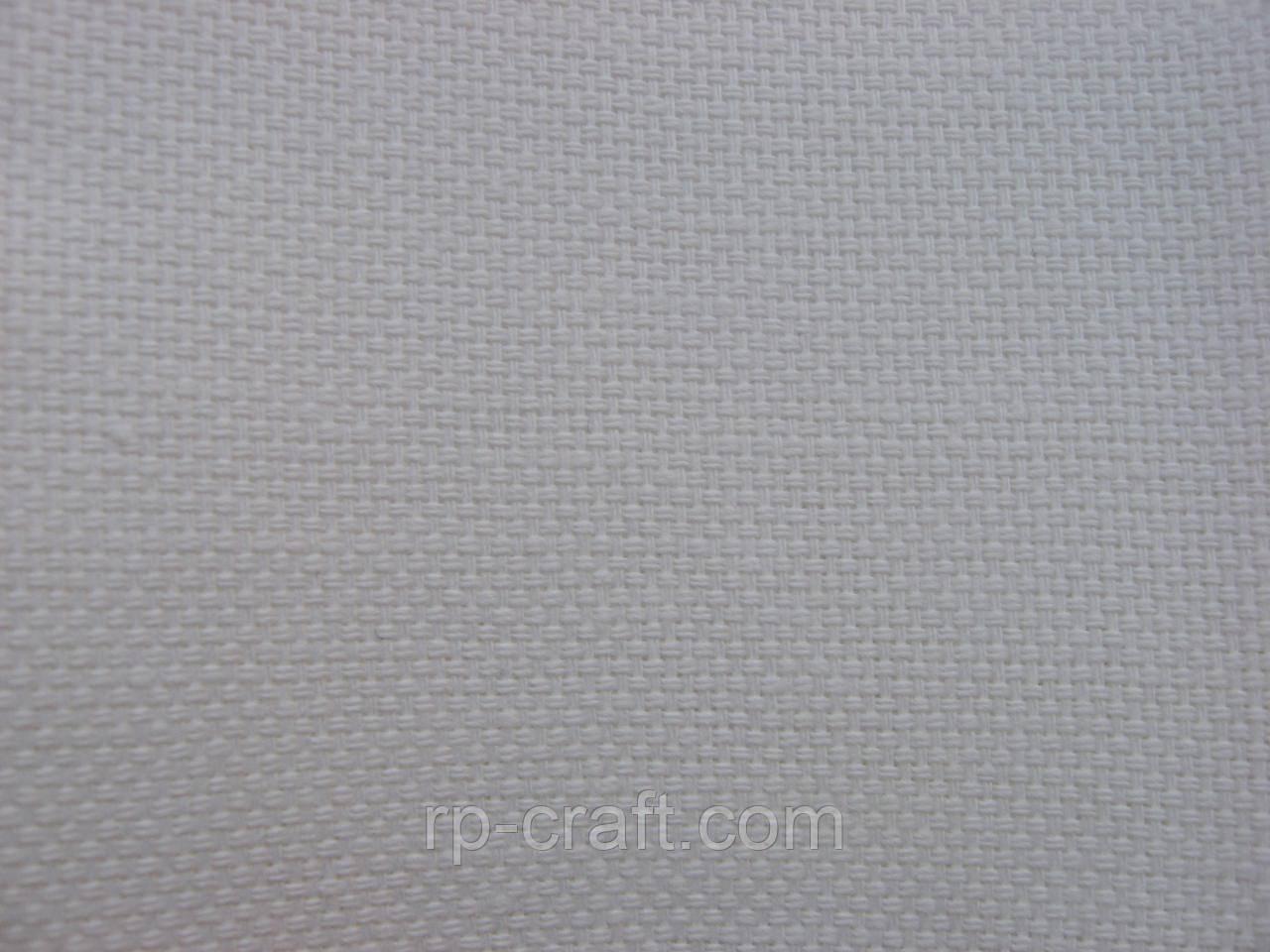 Отрез ткани для вышивки. Харданген, белая, 30х45 см