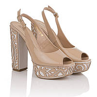 Босоножки женские Foletti (бежевые, неповторимый дизайн каблука, модные, изысканные, элегантные, стильные)