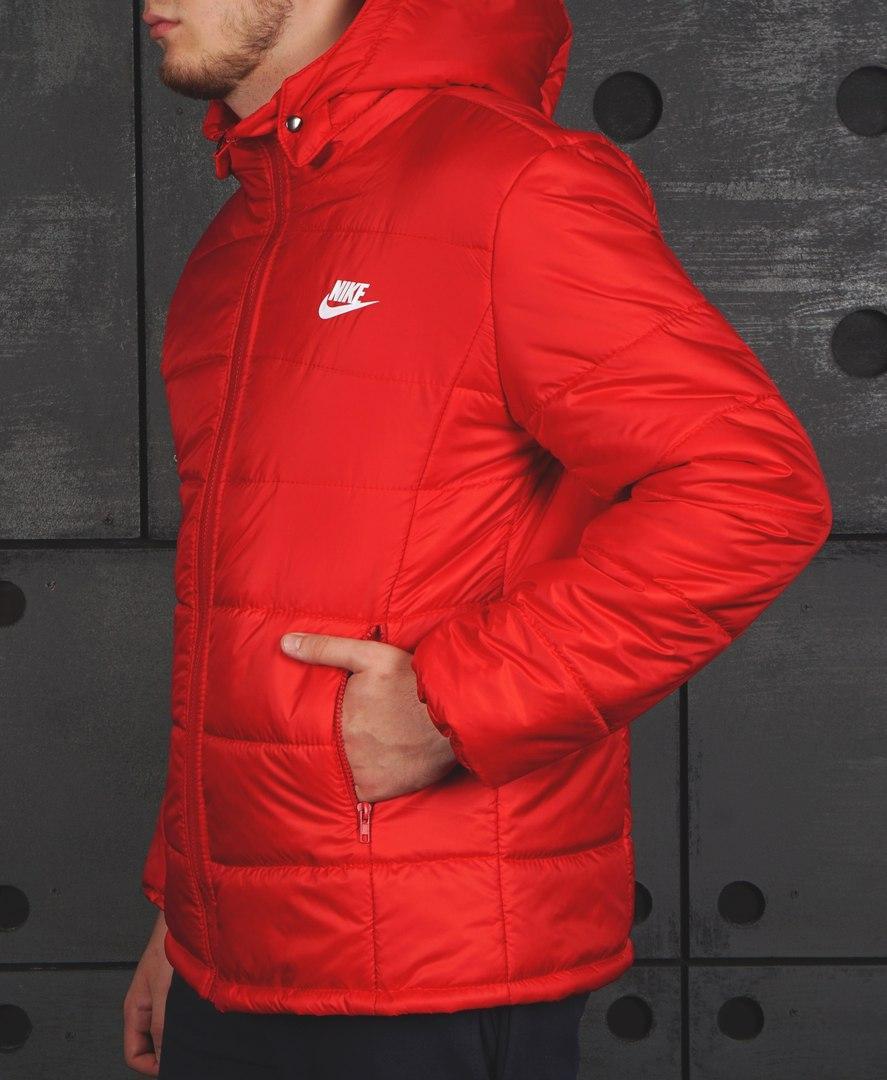 Куртка Nike (Найк) , червона
