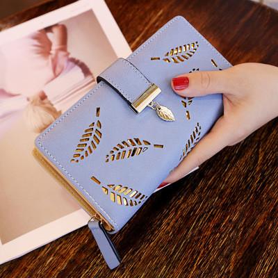 Женский кошелек Лепесток на молнии и кнопке большой голубой