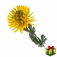 Искусственная желтая хризантема.