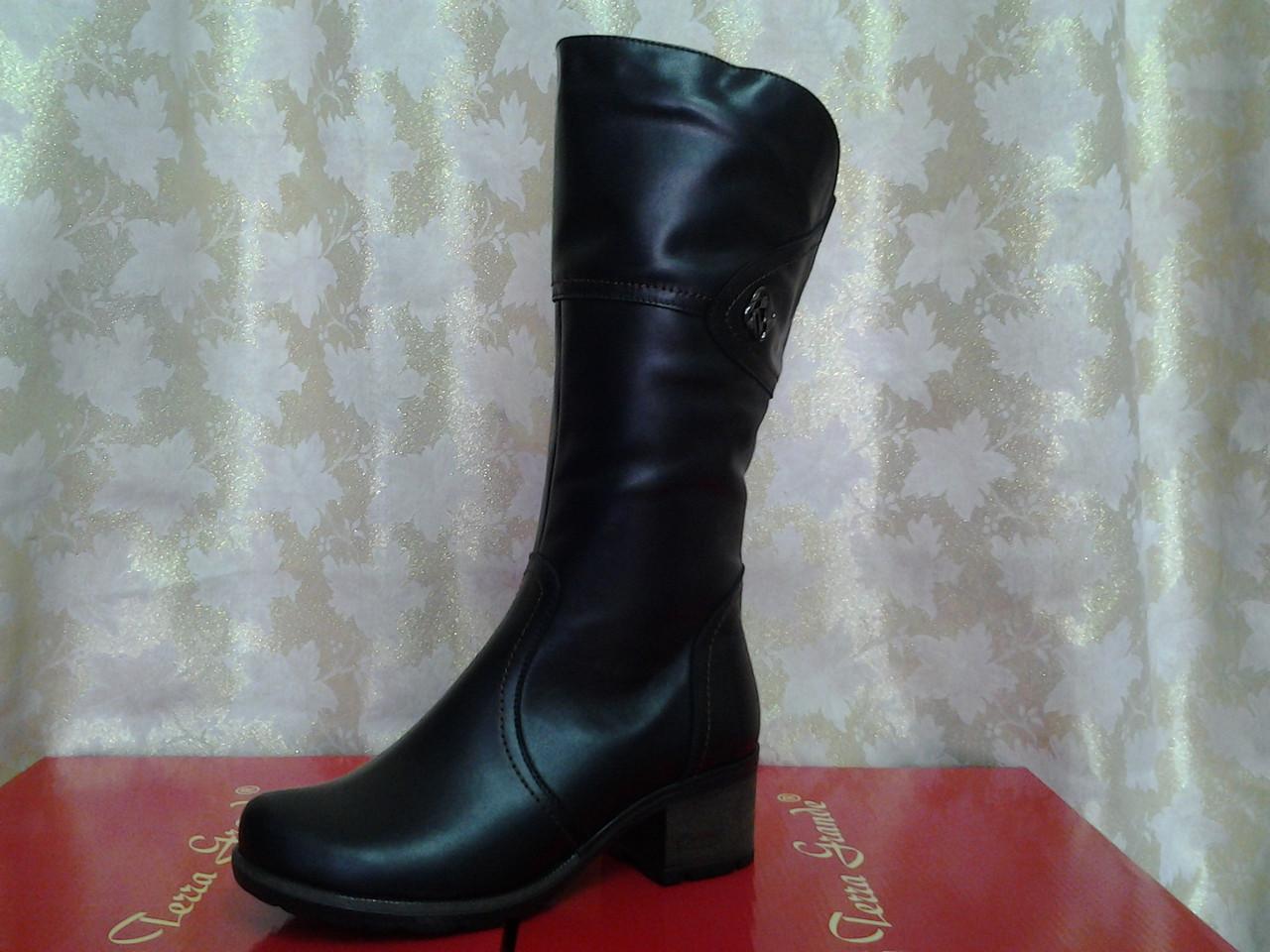 0beb597f7ed3 Зимние комфортные сапоги,полусапожки больших размеров Romax - Интернет- магазин Piligrim-shoes в