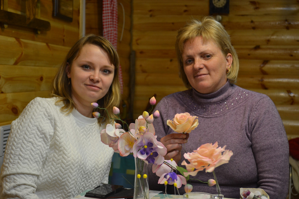 Мастер-класс по лепке фигурок проводит Наталья Супрун, сахарные цветы, роспись пряников, торто-декорирование, кремовые цветы, онлайн обучение по росписи пряников, занятия по скайпу.