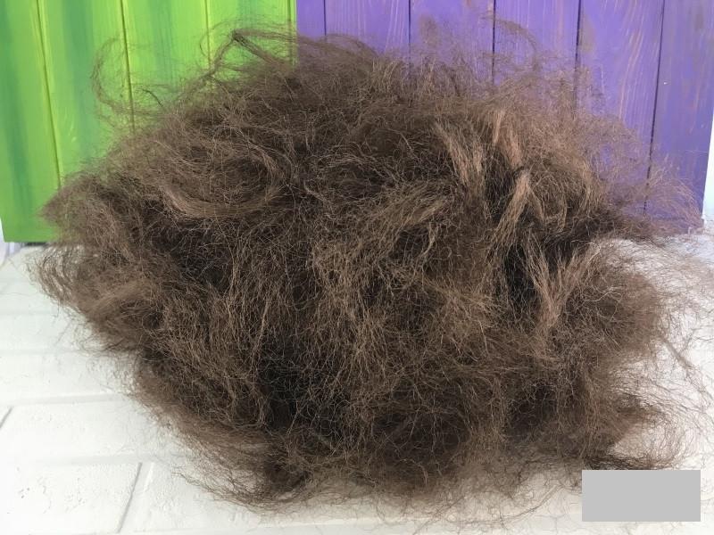 Парик карнавальный коричневые волосы