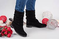 Зимние замшевые женские сапоги Fashion на низком ходу черные