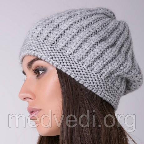 женская шапка берет светло-серая