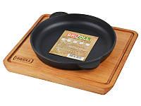 Сковорода Brizoll Монолит с деревянной подставкой 18*2,5 см