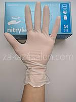 Перчатки нитриловые неопудренные,белые, Nitrylex basic, M, 200 шт.