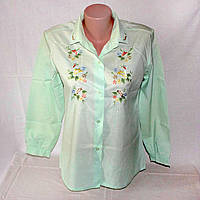 Нежная салатовая блуза с вышивкой, хлопок р.42