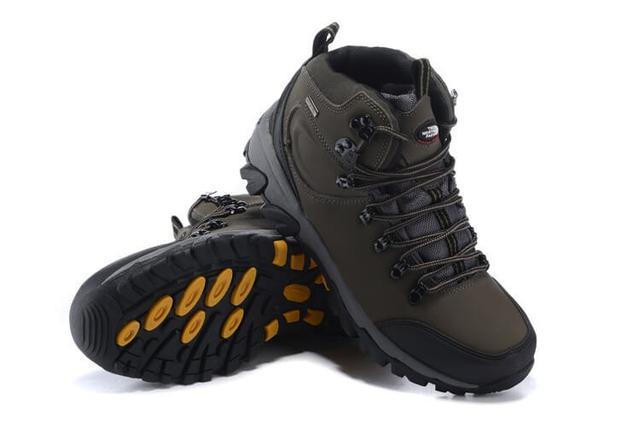 Зимние женские и мужские кроссовки