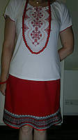 Футболка женская с вышивкой.