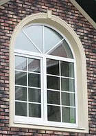 Арочное нестандартное окно Rehau