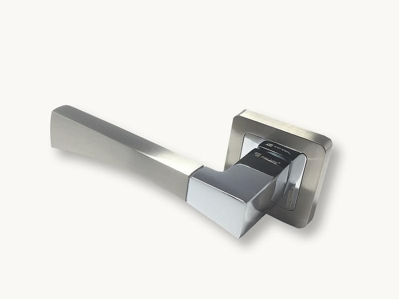Ручка на розетке Paladii  ІРМА квадратная SN/CP сатен-хром