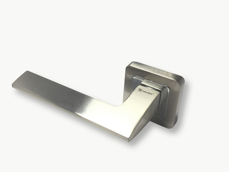 Ручка на розетке Paladii МАРГО квадратная SN/CP сатен-хром