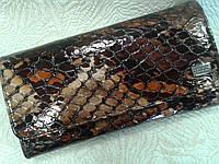Женский кошелек кожаный лаковый коричневый (Турция)