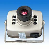 Камера видеонаблюдения ЧБ 12V с блоком питания в комплекте