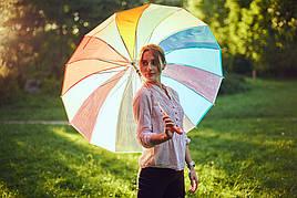 """Радужный прозрачный зонтик трость на 16 спиц от фирмы """"Feeling Rain""""."""