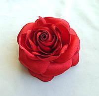 """Брошь из ткани ручной работы """"Алая роза"""""""