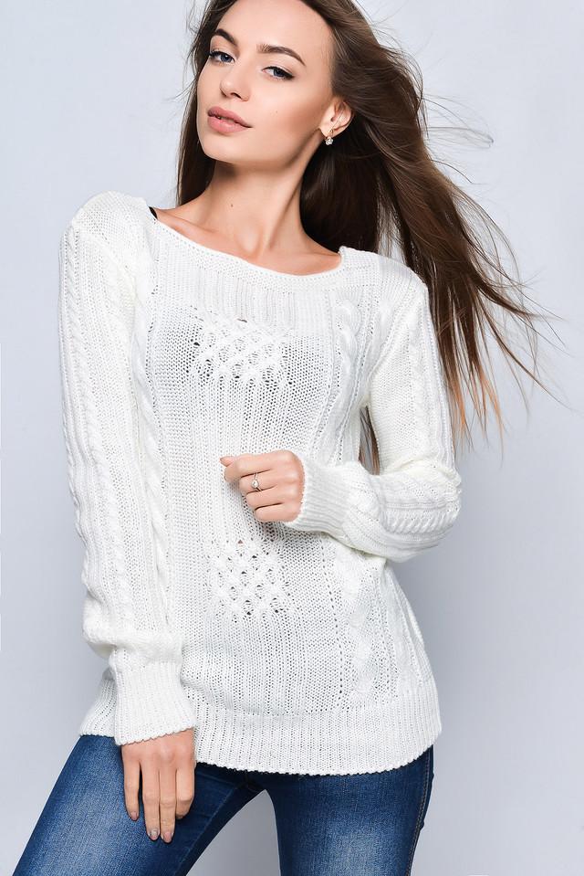 Цвет молоко Вязаных женских свитеров Грейс