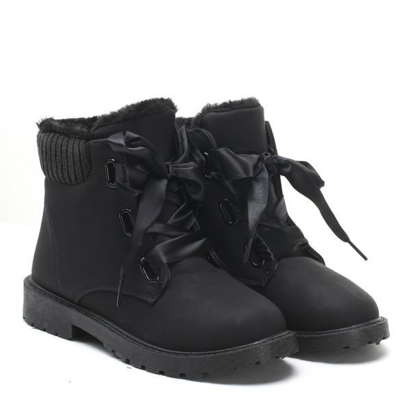 Зимние ботинки очень красивые и удобные