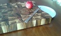 Кухонная торцевая разделочная доска с вырезом для тарелки 50х35х6 см из ореха С50х35