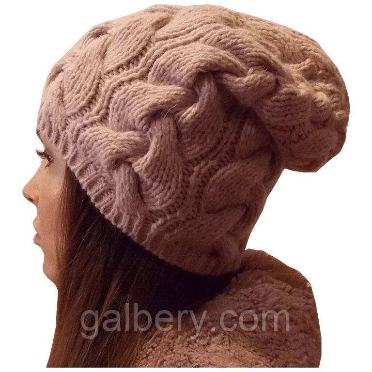 Жіноча в'язана шапка в стилі Лало, об'ємної великої в'язки косами.