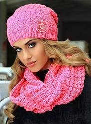 Комплекты женских вязаных шапок и шарфов
