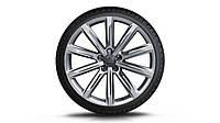 Легкосплавные диски R19, дизайн с 10 спицами «серебристо-бриллиантовое», зимние шины Dunlop