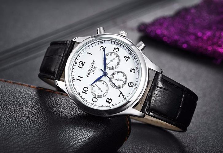 361b8e853a1e Кварцевые мужские наручные часы с черным ремешком код 318 - купить ...