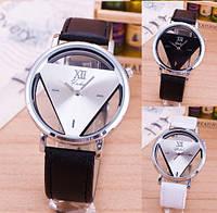 Женские наручные часы JIS треугольник