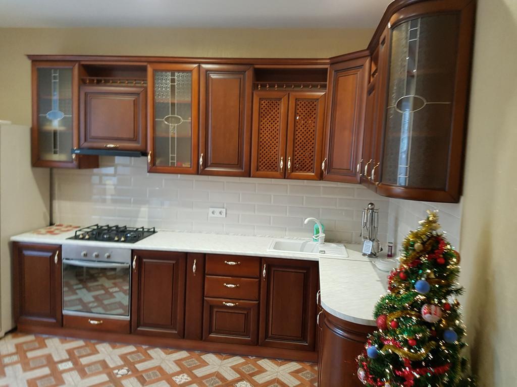 Кухня 3950*1700 мм из массива под заказ