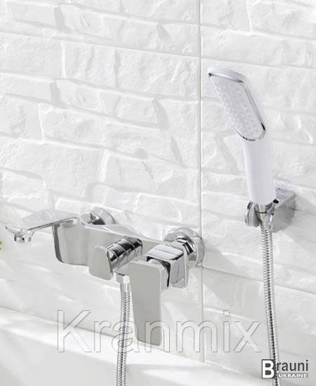Смеситель для ванны хром