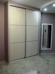 Встроенный шкаф-купе для прихожей под заказ